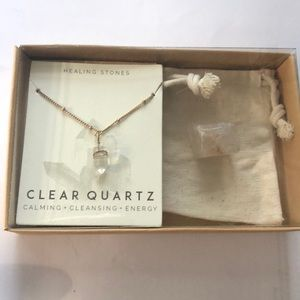 Quartz necklace and quartz healing stone